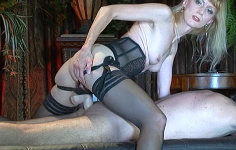 Anal exercise - NEW ! BDSM movie