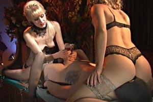 Slave suffering, girls fun -1