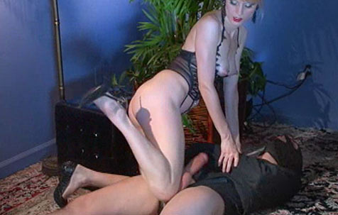 Slave's treatment 1 BDSM Movie