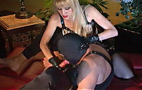 Slut testing- 3 BDSM Movie